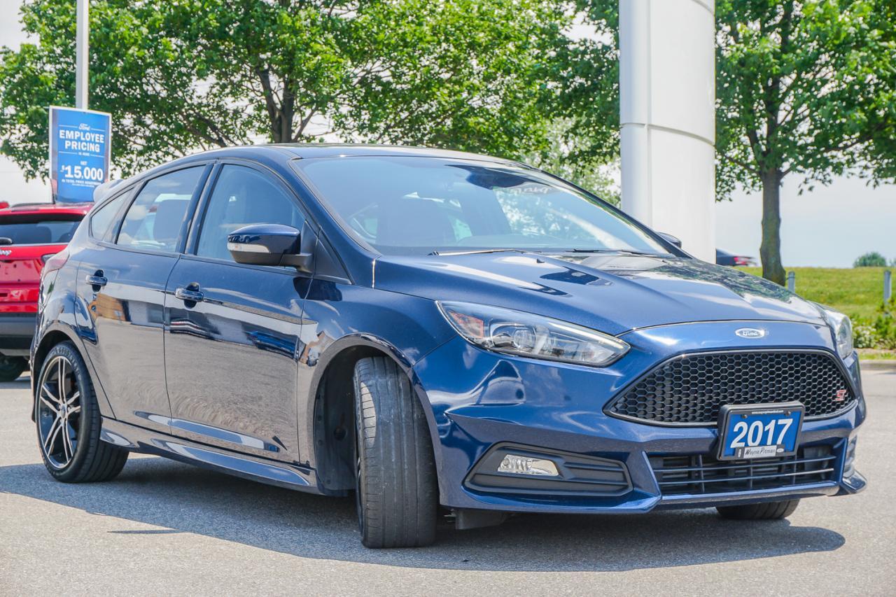 2017 Ford Focus 5dr HB ST