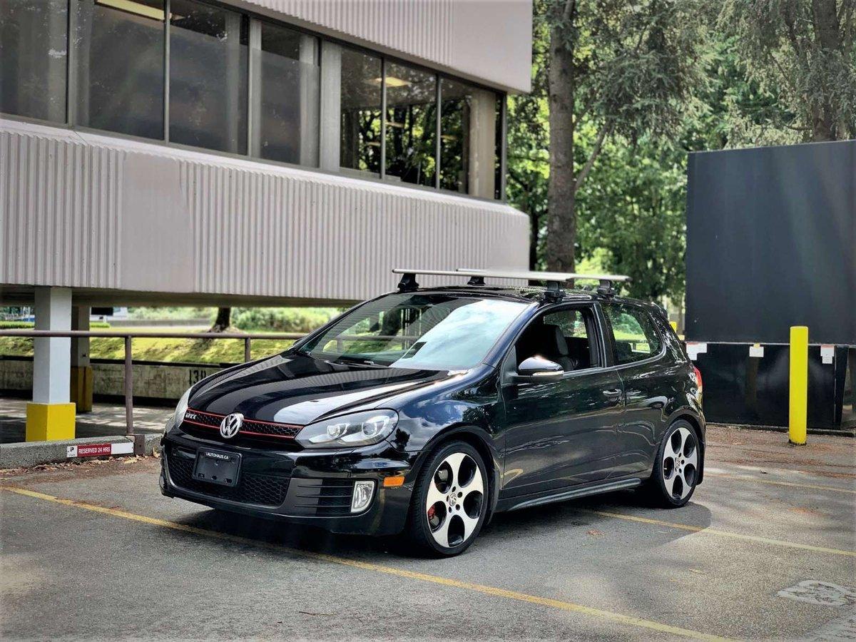 2010 Volkswagen GTI 2.0T 2-Door FWD