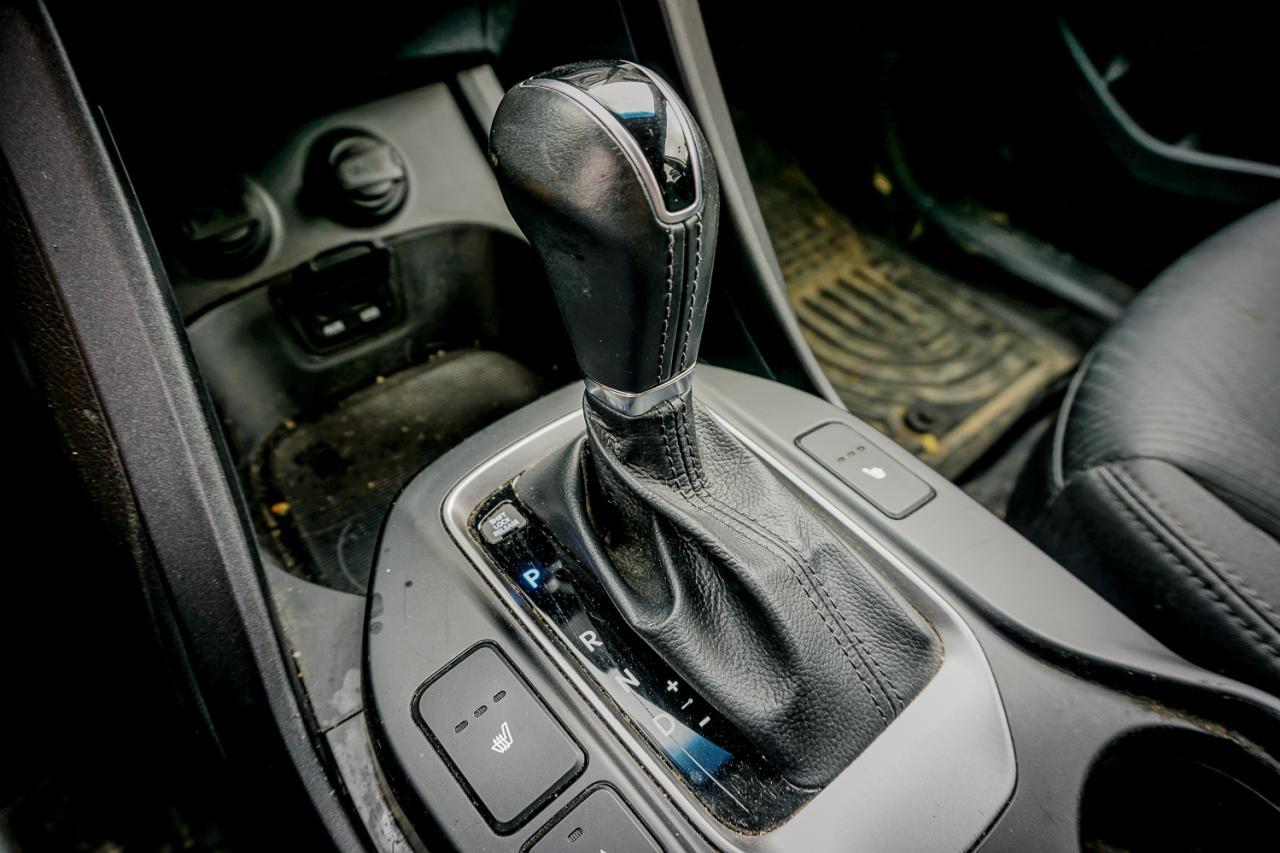 2013 Hyundai Santa Fe AWD 4dr 2.0T Auto Premium