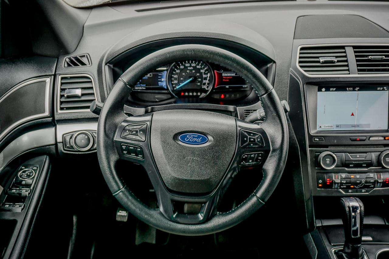 2017 Ford Explorer 4WD 4dr XLT