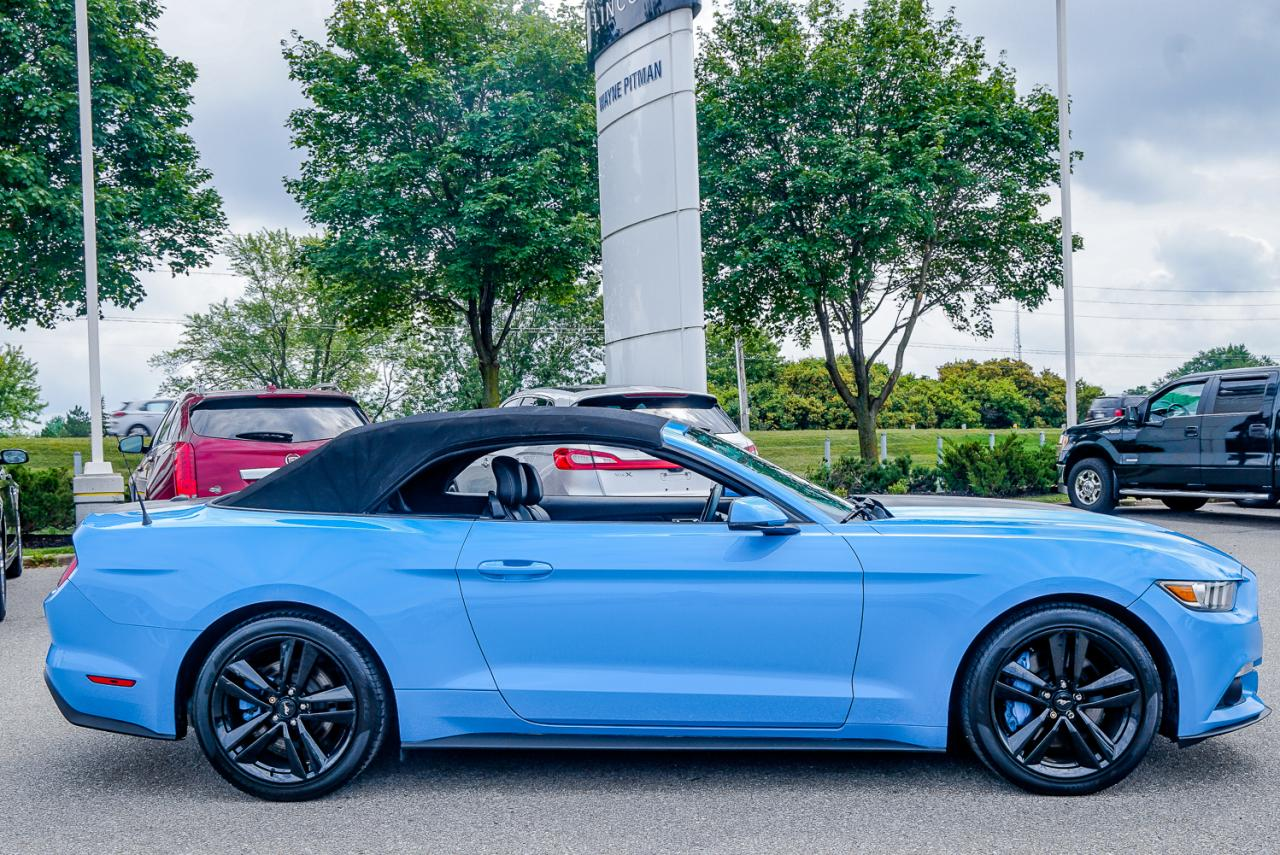 2017 Ford Mustang 2dr Conv EcoBoost Premium