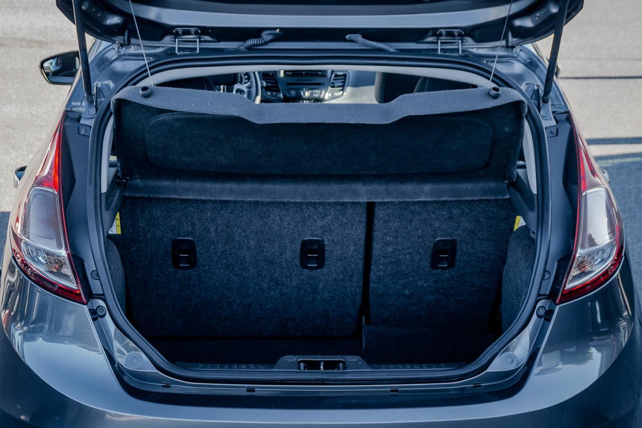 2015 Ford Fiesta 5dr HB SE