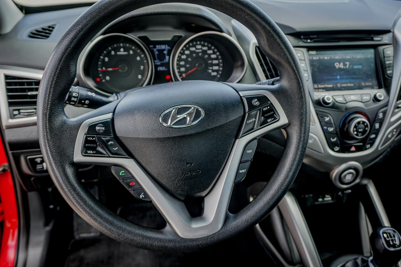 2012 Hyundai Veloster 3dr Cpe Man